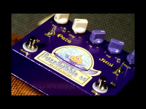 Fuzz Face Distribution video ~ Check out this great Analog Alien FuzzBubble-45 video from Musictoyz!